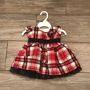 NWOT Carter's plaid holiday dress size 3 months